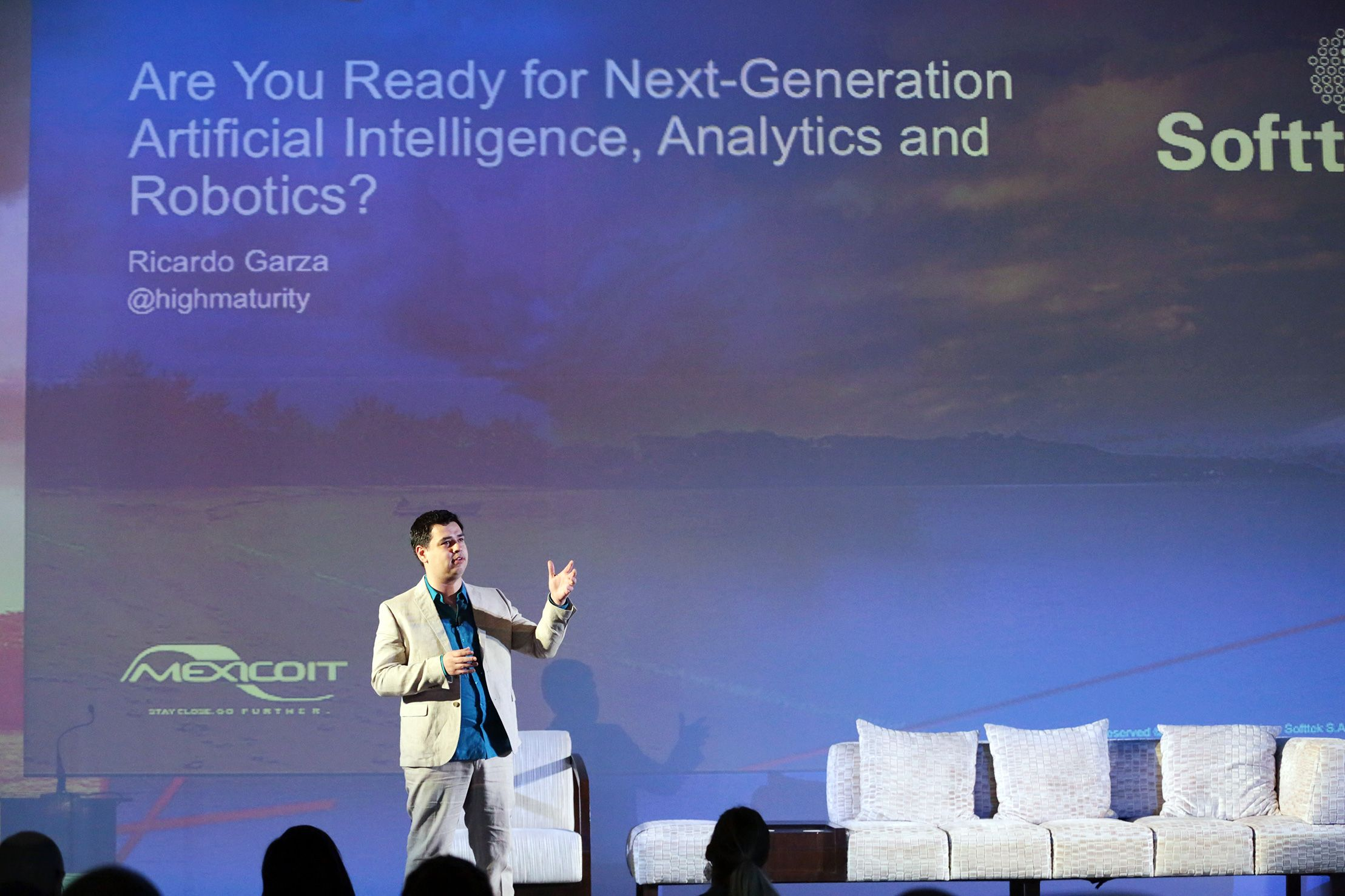 Are You Ready for Next Generation Artificial Intelligence, Analytics and Robotics? By Ricardo Garza, Director, Operations Innovation, Softtek. Friday, February 19th 2016, Digital Innovation Summit
