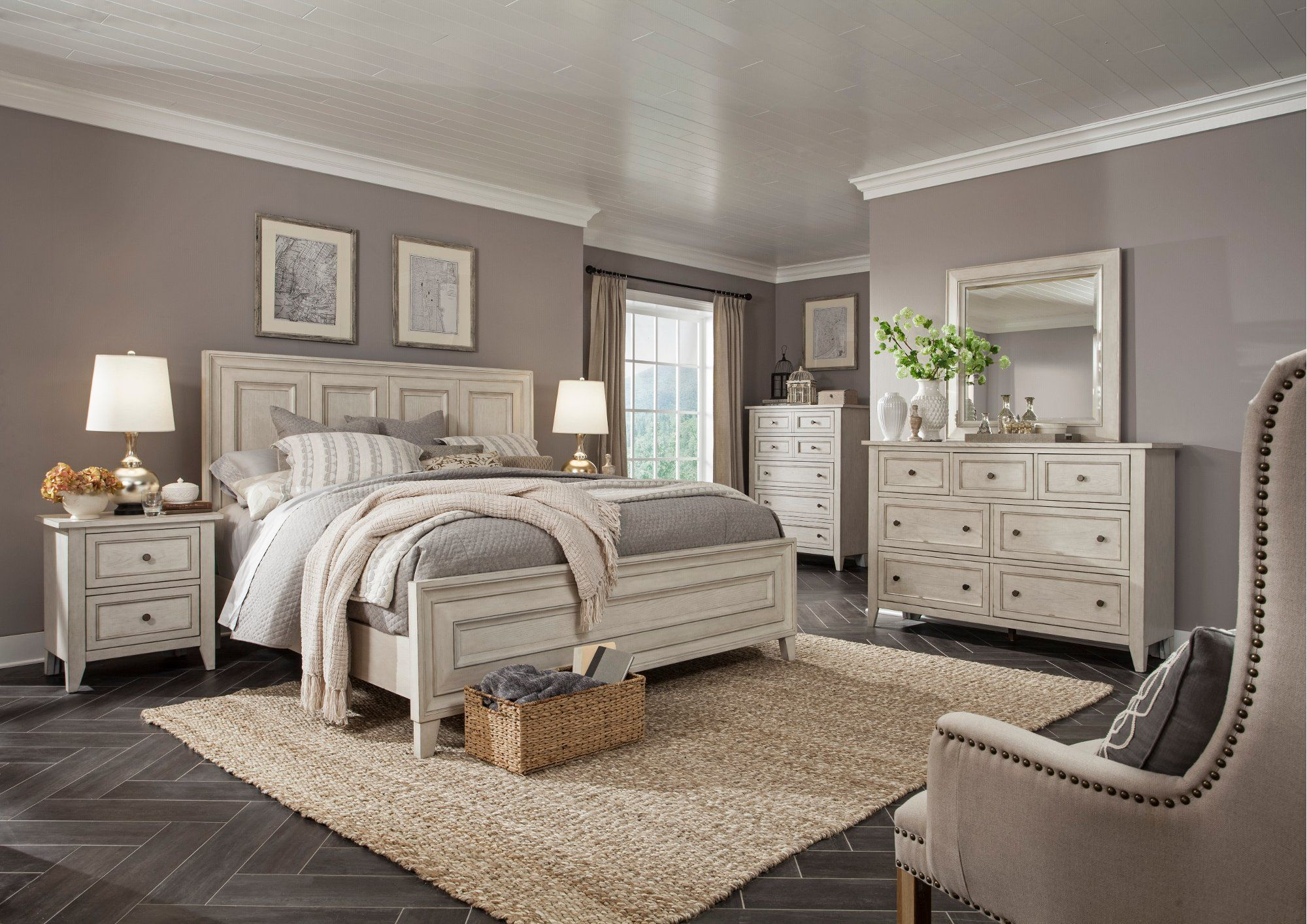 Weathered White 4 Piece Queen Bedroom Set Raelynn RC