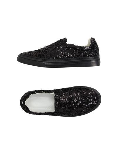 Cheap Sale Pre Order Wholesale Quality sequin-embellished trainers - Black Maison Martin Margiela 5cJ7S0ng