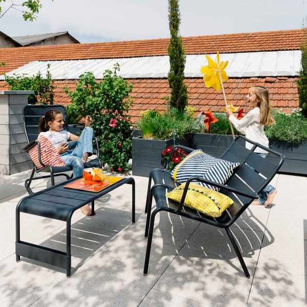 Fermob Luxembourg Large Low Table And Garden Bench Outdoor Furniture Jardin Nz Gartenbank Aussenmobel Hintergarten