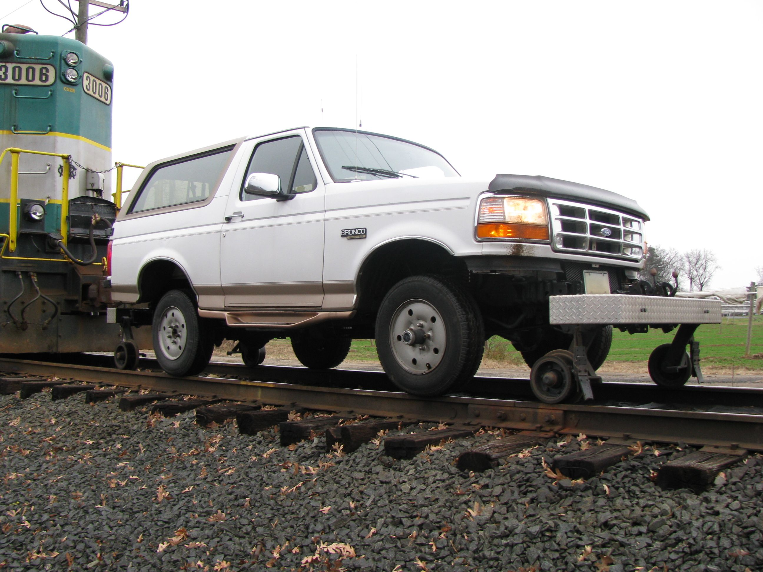 This Is My 96 Ed Bauer Ford Bronco Hyrail On The Track In Front Of Central New England Railroad Engine 3006 Dayhill Rd Bloomfield Ct December 5