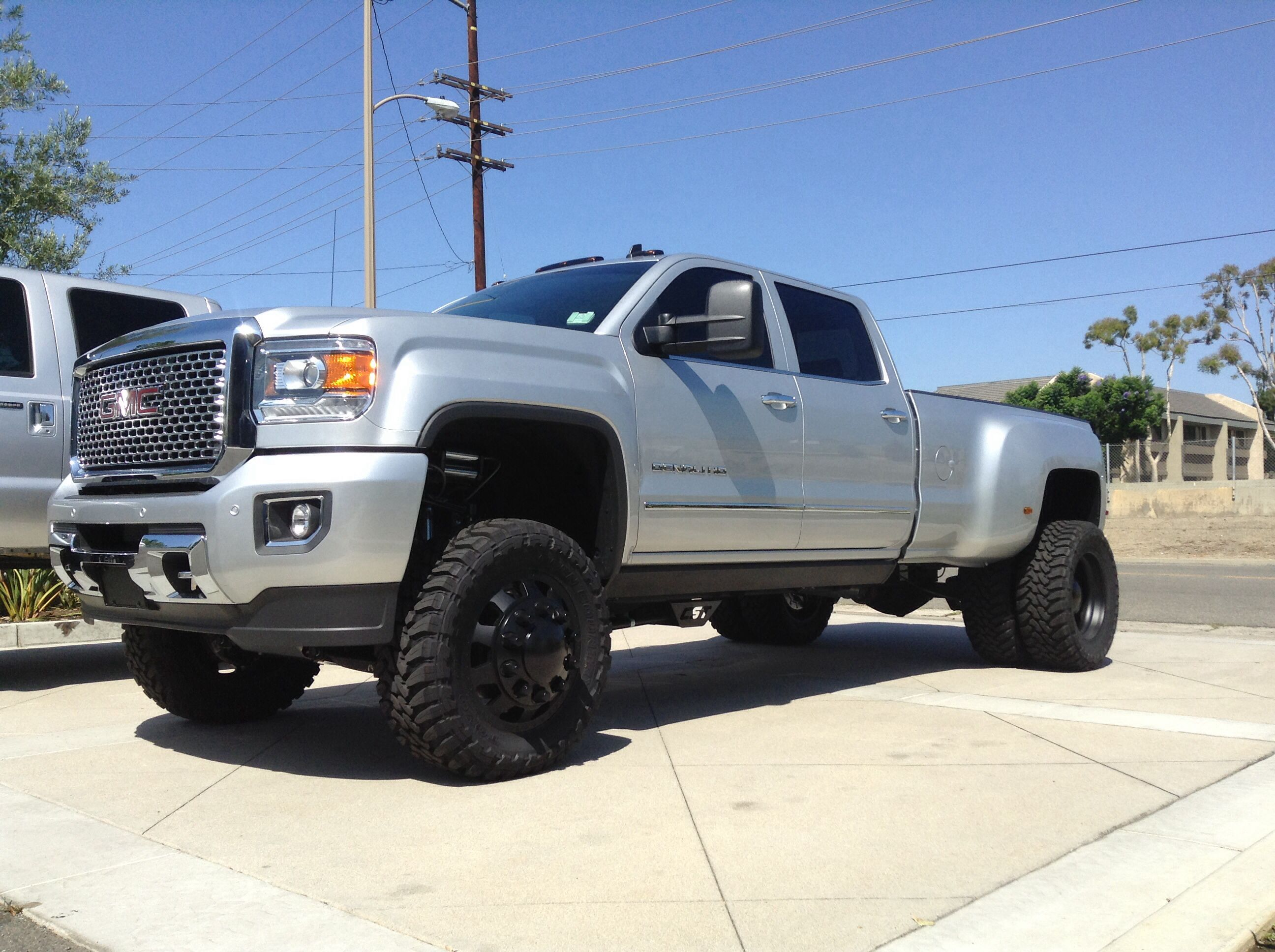2015 gmc 3500 hd dually cst suspension american force weeks and toyo tires chevy gm 2500. Black Bedroom Furniture Sets. Home Design Ideas