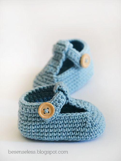 Airali design. Where is the Wonderland? Crochet, knit and amigurumi.: La sciarpa celeste