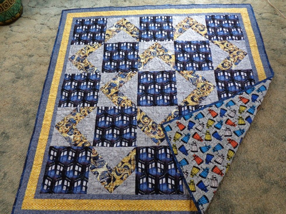 Doctor Who quilt | Quilts | Pinterest | Sewing projects, Patchwork ... : doctor who quilting fabric - Adamdwight.com