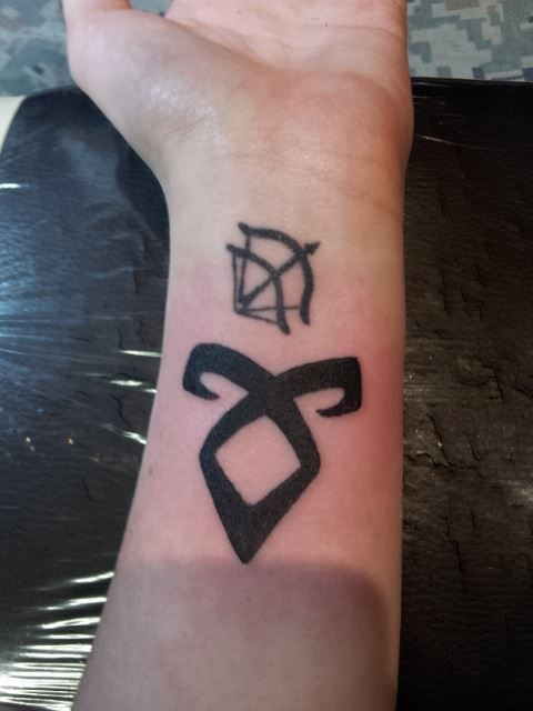 Angelic Rune Mortal Instruments Tattoo I would put a fearless...