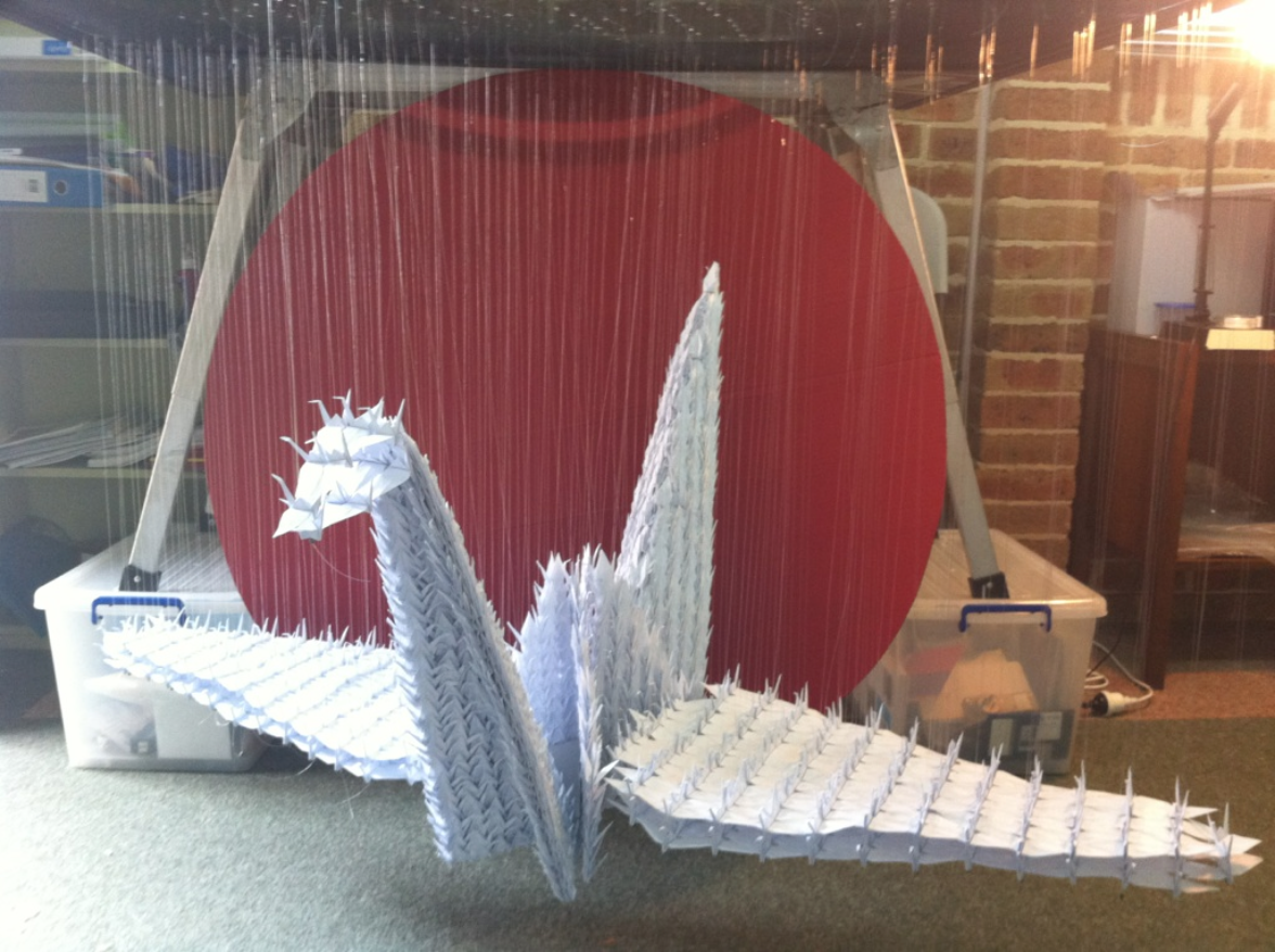 A Huge Origami Crane Made Out Of Small Origami Cranes Origami Crane 1000 Paper Cranes Weird Pictures