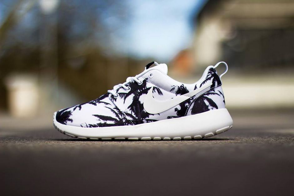 Nike Wmns Roshe Run Sunset Palm Trees Pack Nike Free Shoes Nike Shoes Outlet Running Shoes Nike