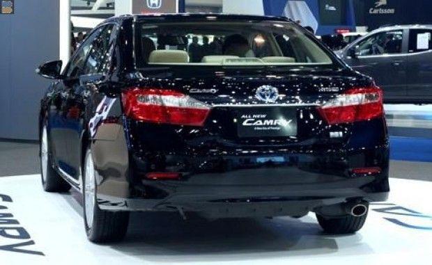 Xe Toyota Camry 2.5G 2013 Xe máy rin, sơn rin còn rất mới. Xe đẹp không va chạm.  Xe trang bị hệ thống máy lạnh, hệ thống âm thanh, thắ