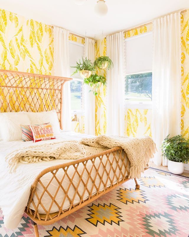 Hello, sunshine! More photos of Elsie's incredible guest room are on A Beautiful Mess. ☀️http://liketk.it/2p9Wc #LTKhome #ABMathome (Photo by @alyssarosenheck)