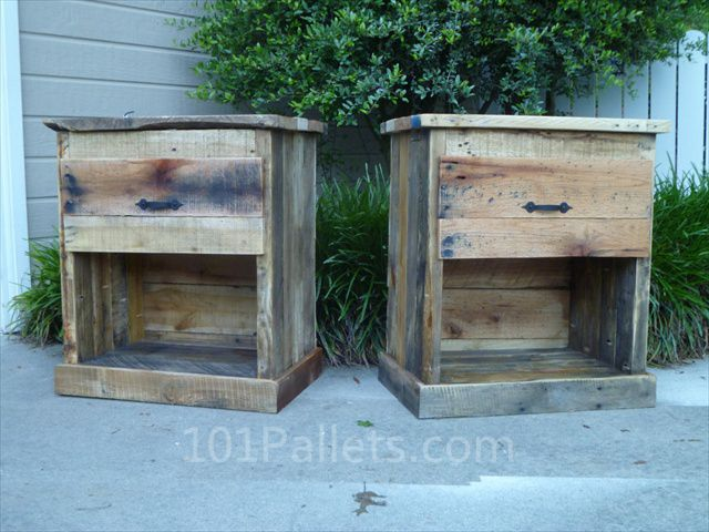 Make your own diy pallet nightstand side tables for Homemade nightstand ideas