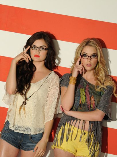 Love this new campaign with Lucy and Ashley from Pretty Little Liars!