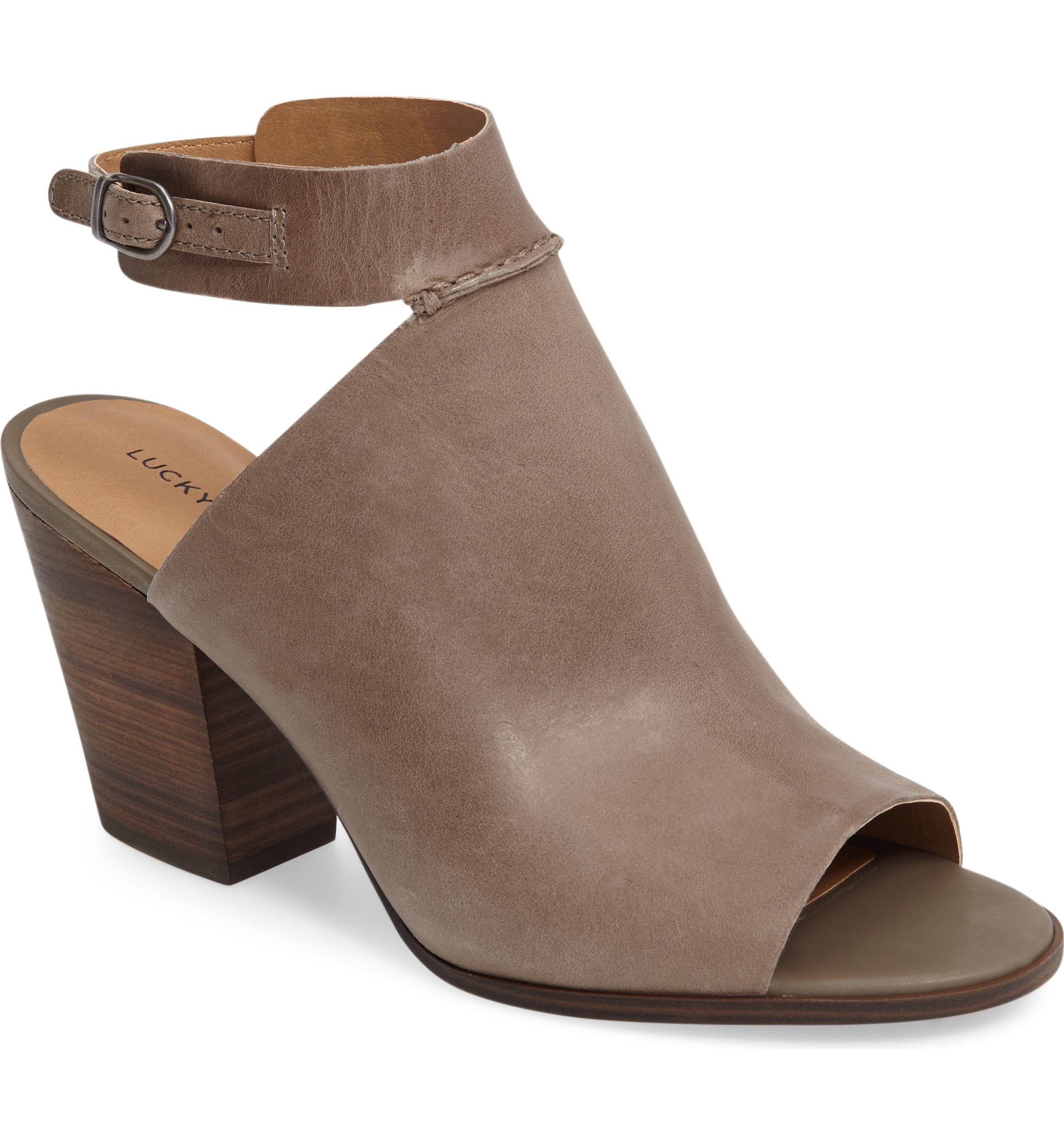 Main Image - Lucky Brand Obrasi Ankle Strap Sandal (Women)