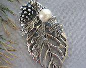 Leaf Necklace, Leaf Jewelry, Oak Leaf, Silver Leaf Necklace, Acorn Necklace, Fall Leaves, Fall Jewelry, Oak Jewelry, Silver Pendant