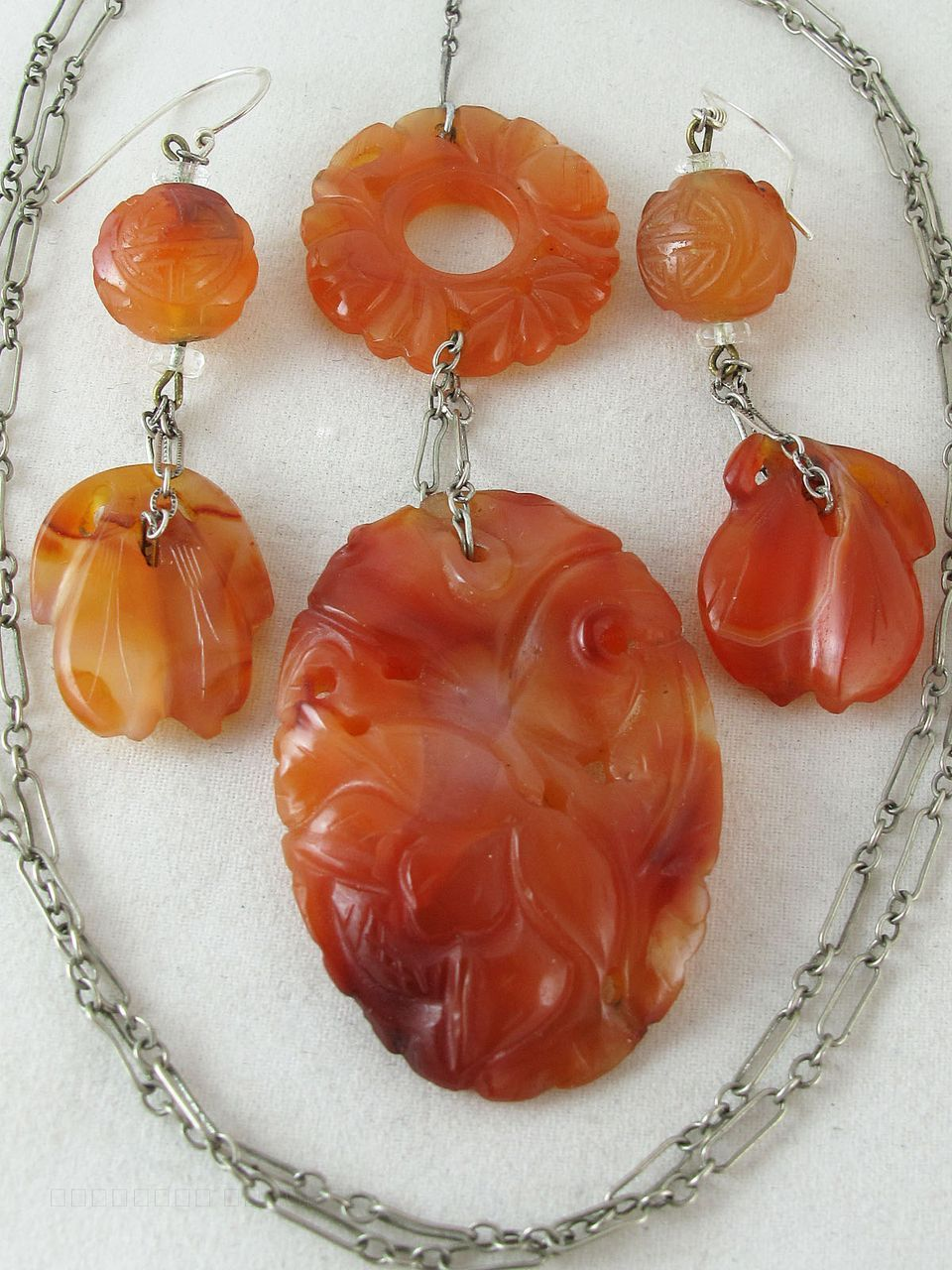 Art Deco Vintage Chinese Silver & Carnelian Pendant Necklace & French Wire Earrings