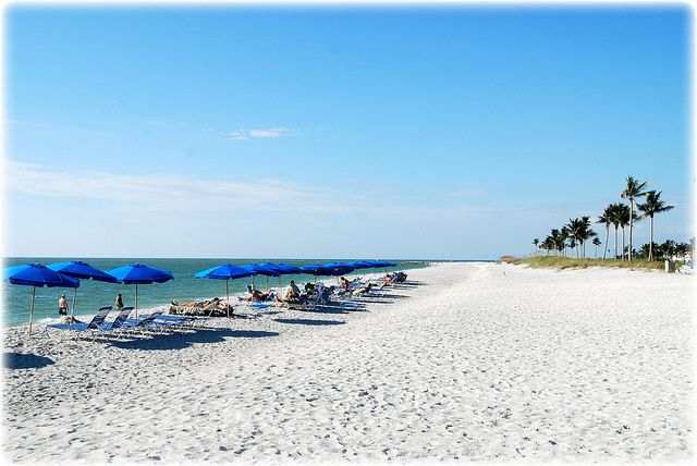 Clearwater Beach Florida Floridianlifestyle Florida Lifestyle Thingstodo Clearwater Beach Suns Clearwater Beach Florida Florida Beaches Clearwater Beach