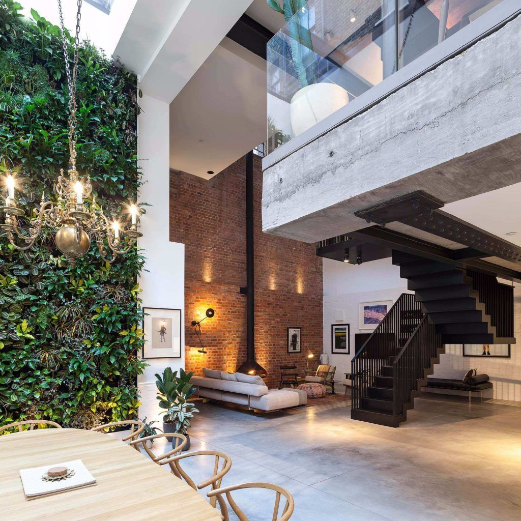 Browse Astonishing Photo Gallery From Top Interior Designers To Get The Absolute Design Today Skylightsinlivingroom Skylightsinlivingroomawesome