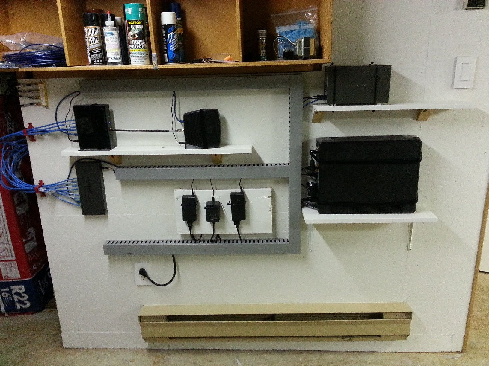 Simple And Effective Home Network Cable Management