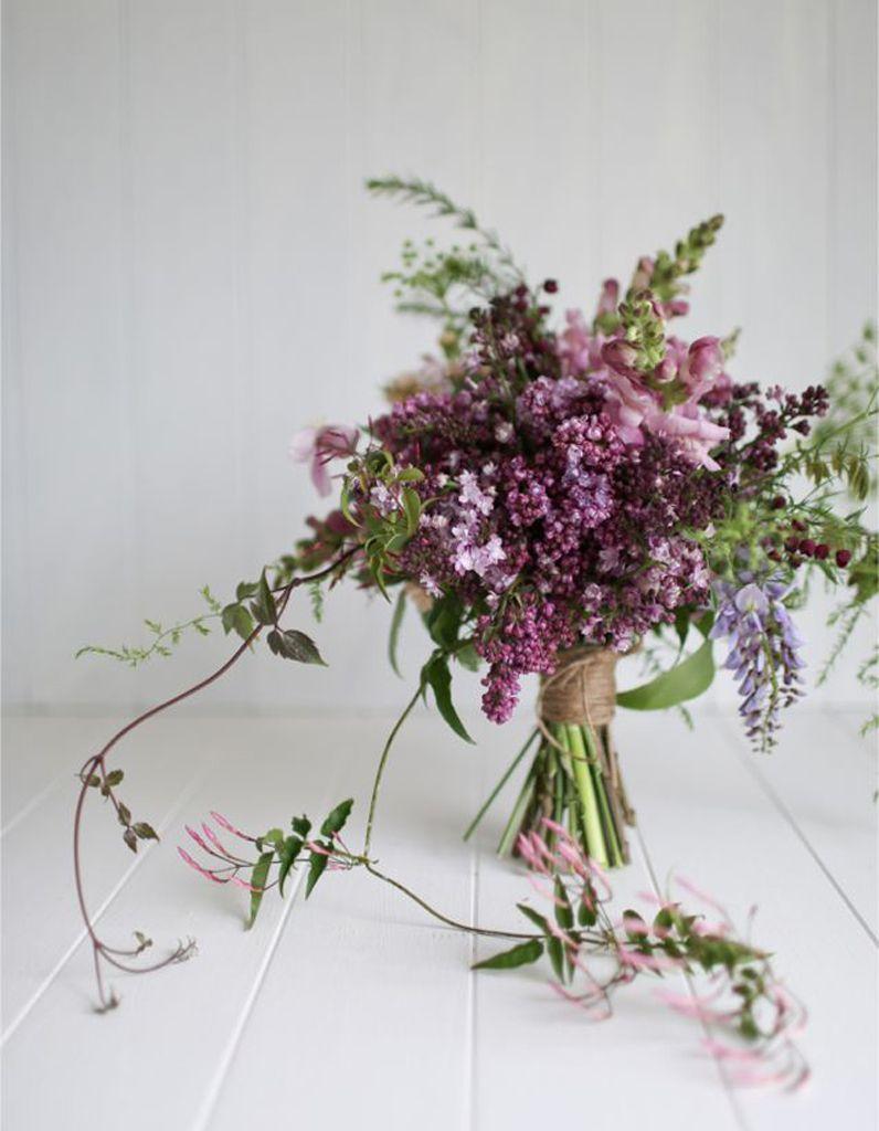 Bouquet de mariée lilas | Crystal | Pinterest | Flowers
