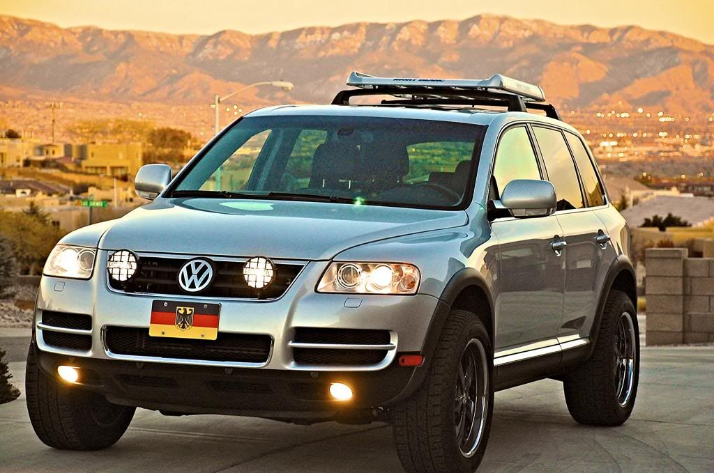 Desert Dawg's Custom 2004 VW Touareg with 4.2L V8 and Air