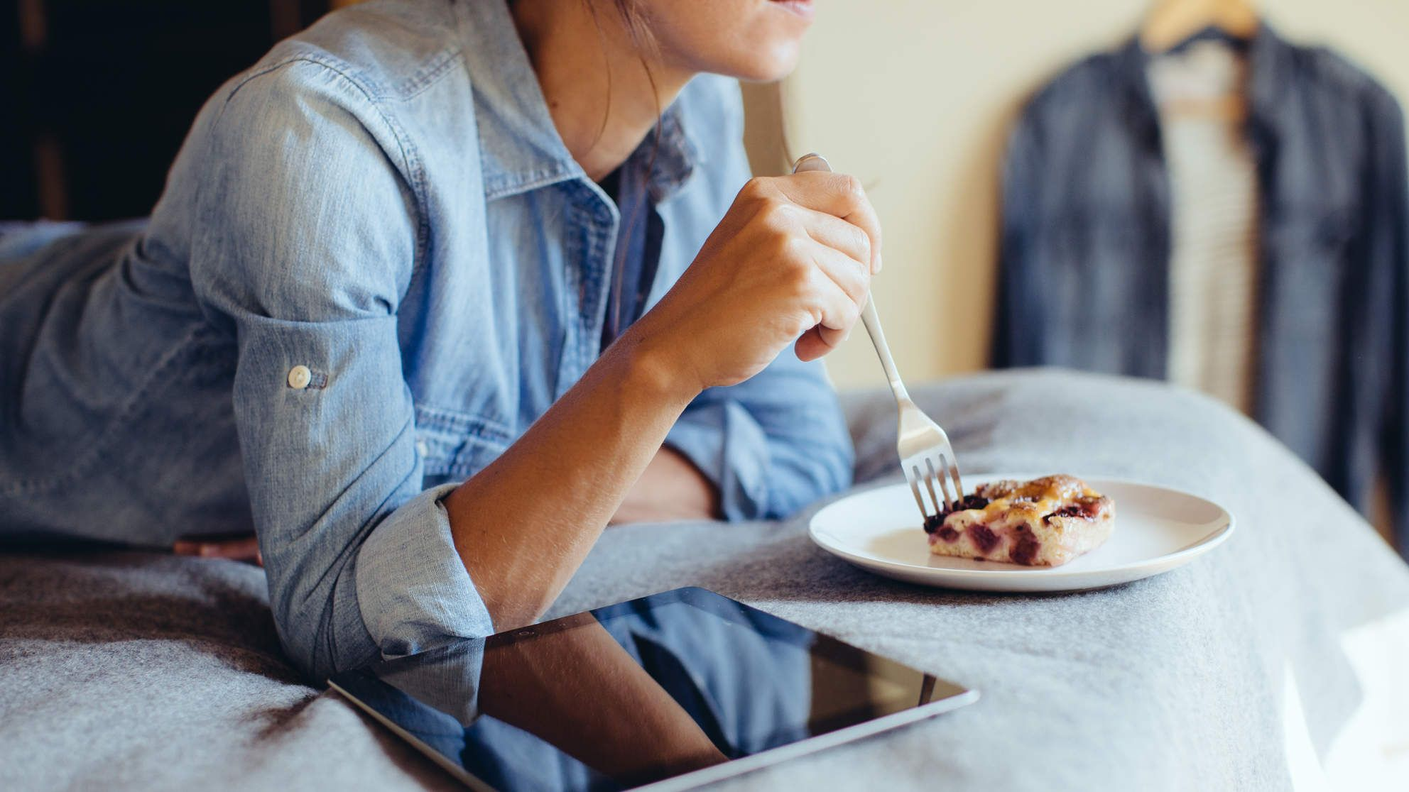 Anxiety causes emotional eating