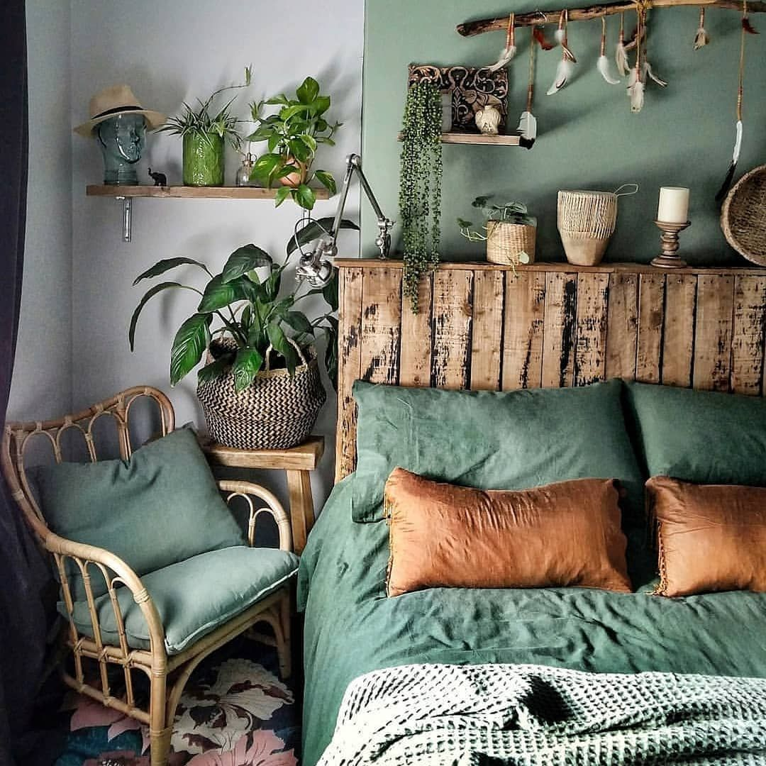 Bohemian Bedroom Decor Has Become One Of The Most Coveted Aesthetics On Pinterest And Instagram But It S Surprisingly House Interior Home Decor Bedroom Decor