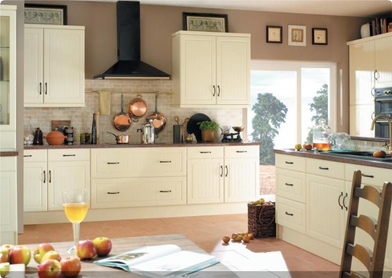 Finding The Right Cream Kitchen Cabinets Schrank Kuche