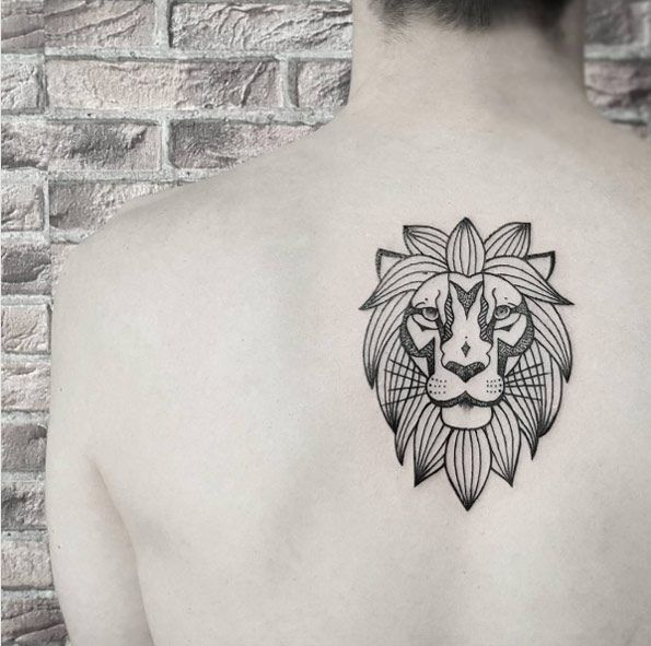 50 Lion Tattoos That Are 100 Percent Epic Traditional Lion Tattoo Lion Tattoo Design Lion Back Tattoo