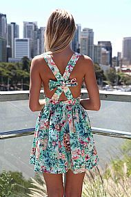 website with cute dresses, love this one