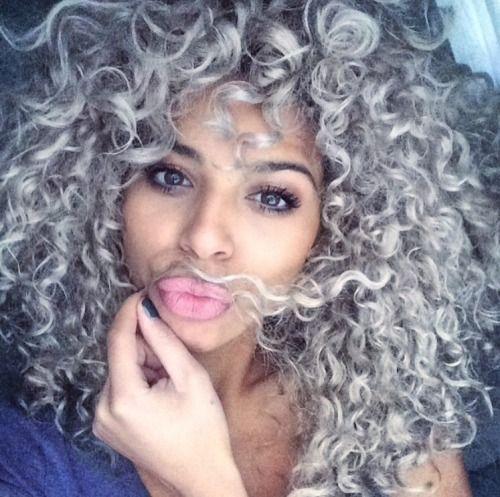 Résultats de recherche d\u0027images pour « grey curly hair »