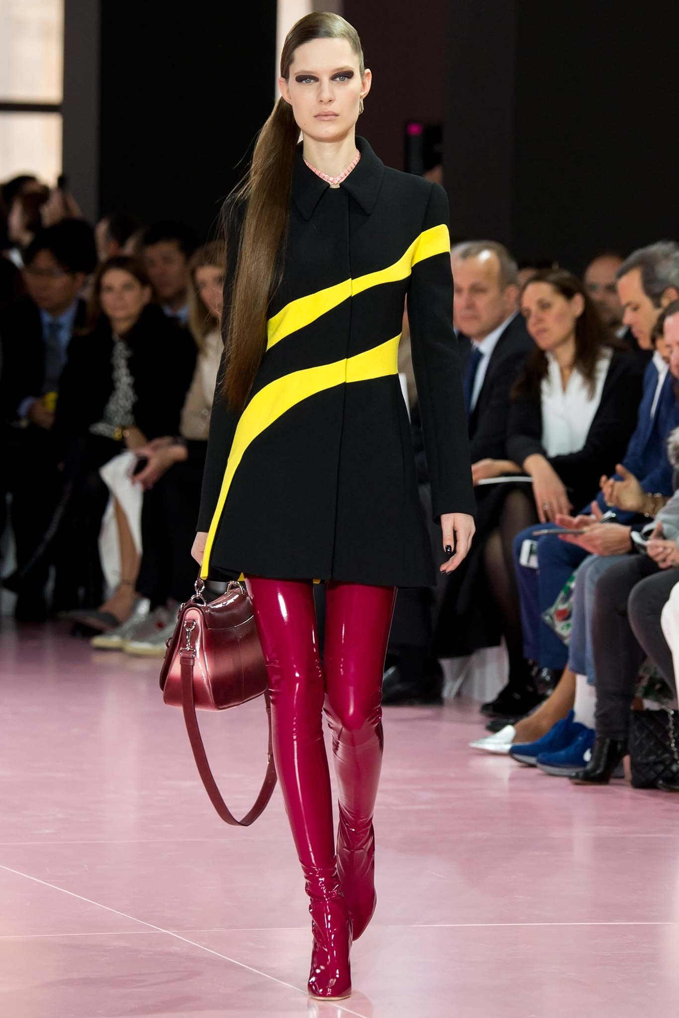 Christian Dior Fall 2015 Ready-to-Wear Fashion Show - Sofia Tesmenitskaya