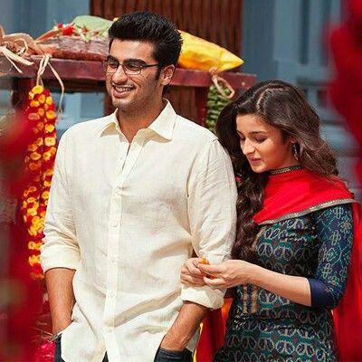 Pin By Parvathi Parameswaran On Dress Bollywood Couples Alia Bhatt 2 States Bollywood