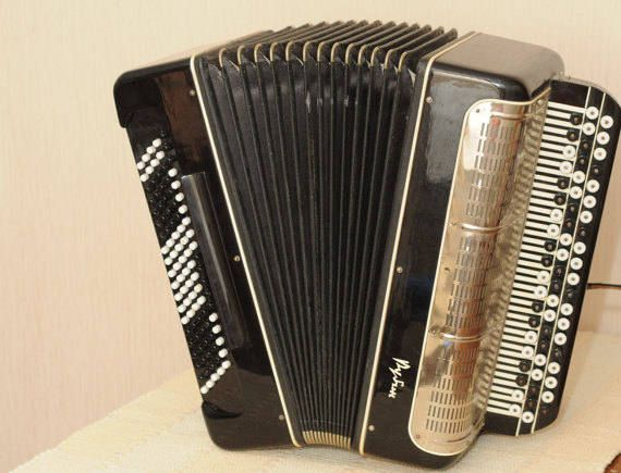 USSR Accordion, Russian Accordion, Button accordion Rubin-3