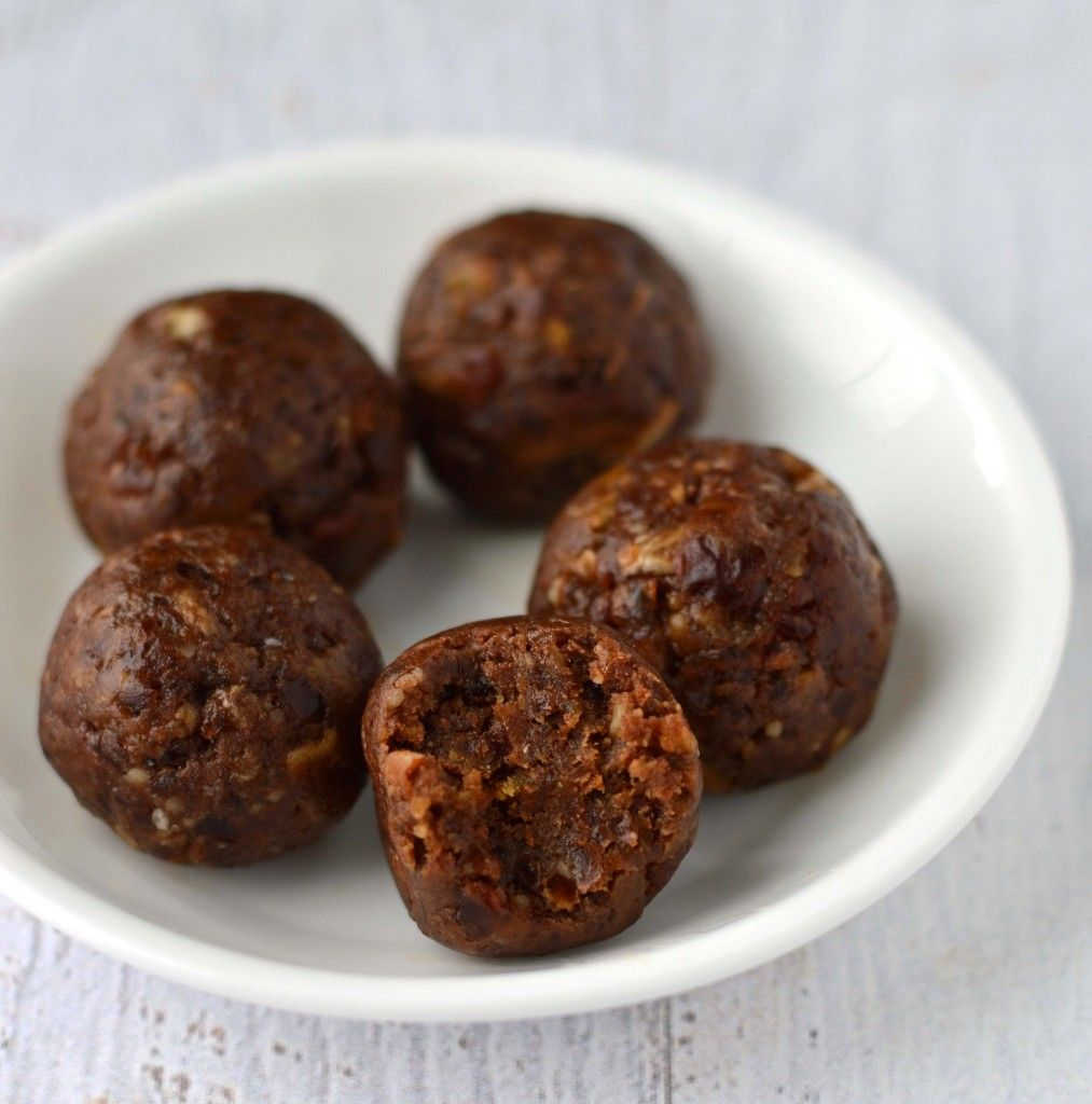 Make chocolate peanut butter energy bites with only 4 ingredients. Gluten free