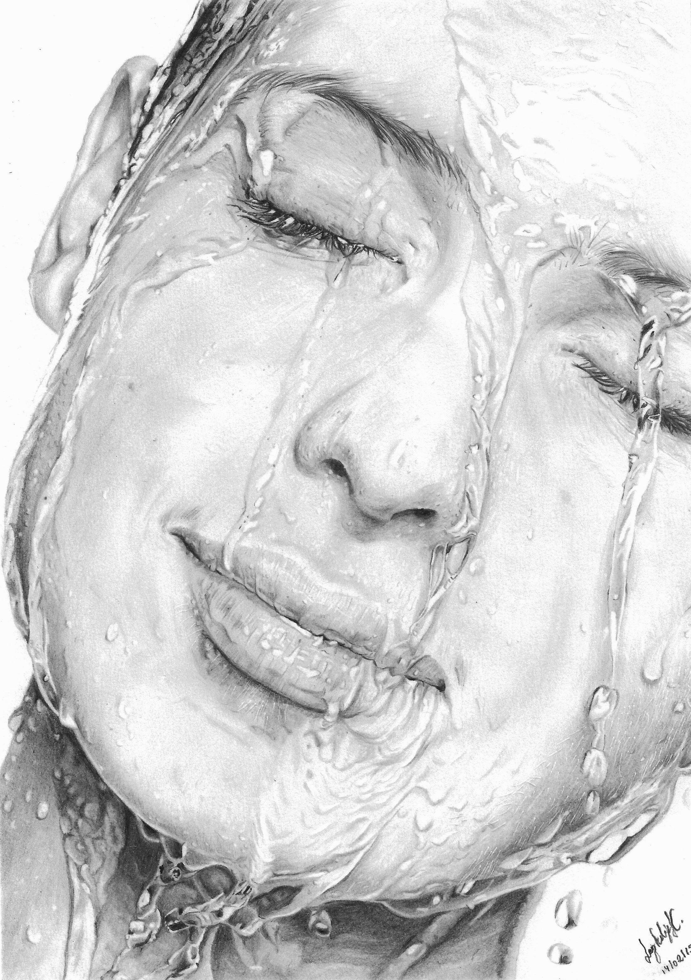 Desenho à grafite água sobre rosto feminino