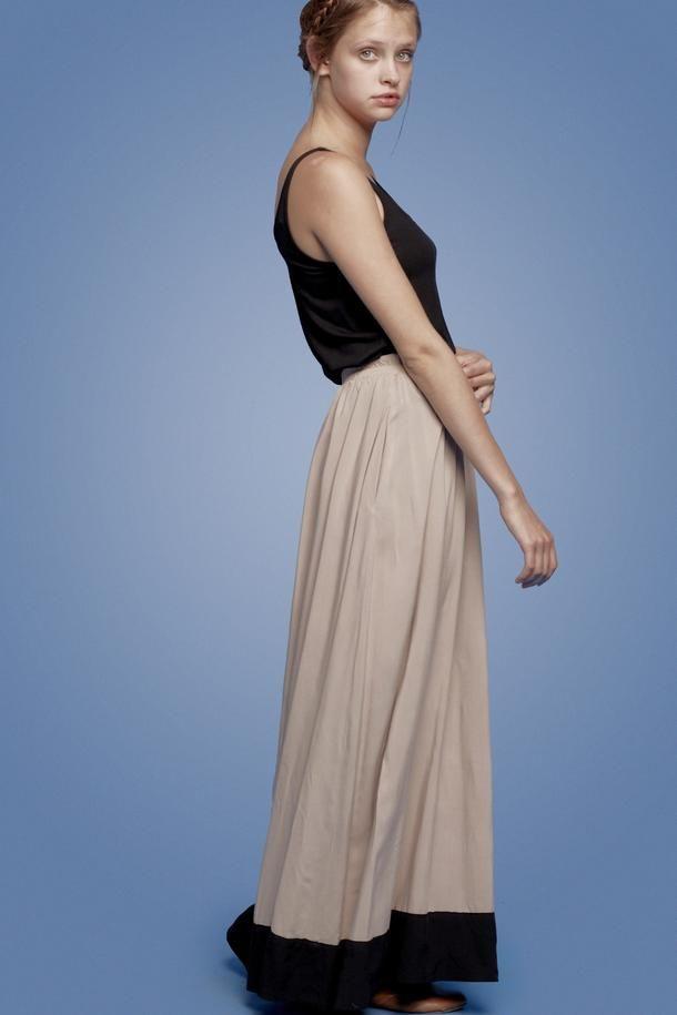 MAXI SKIRT stone and black - Margot Molyneux
