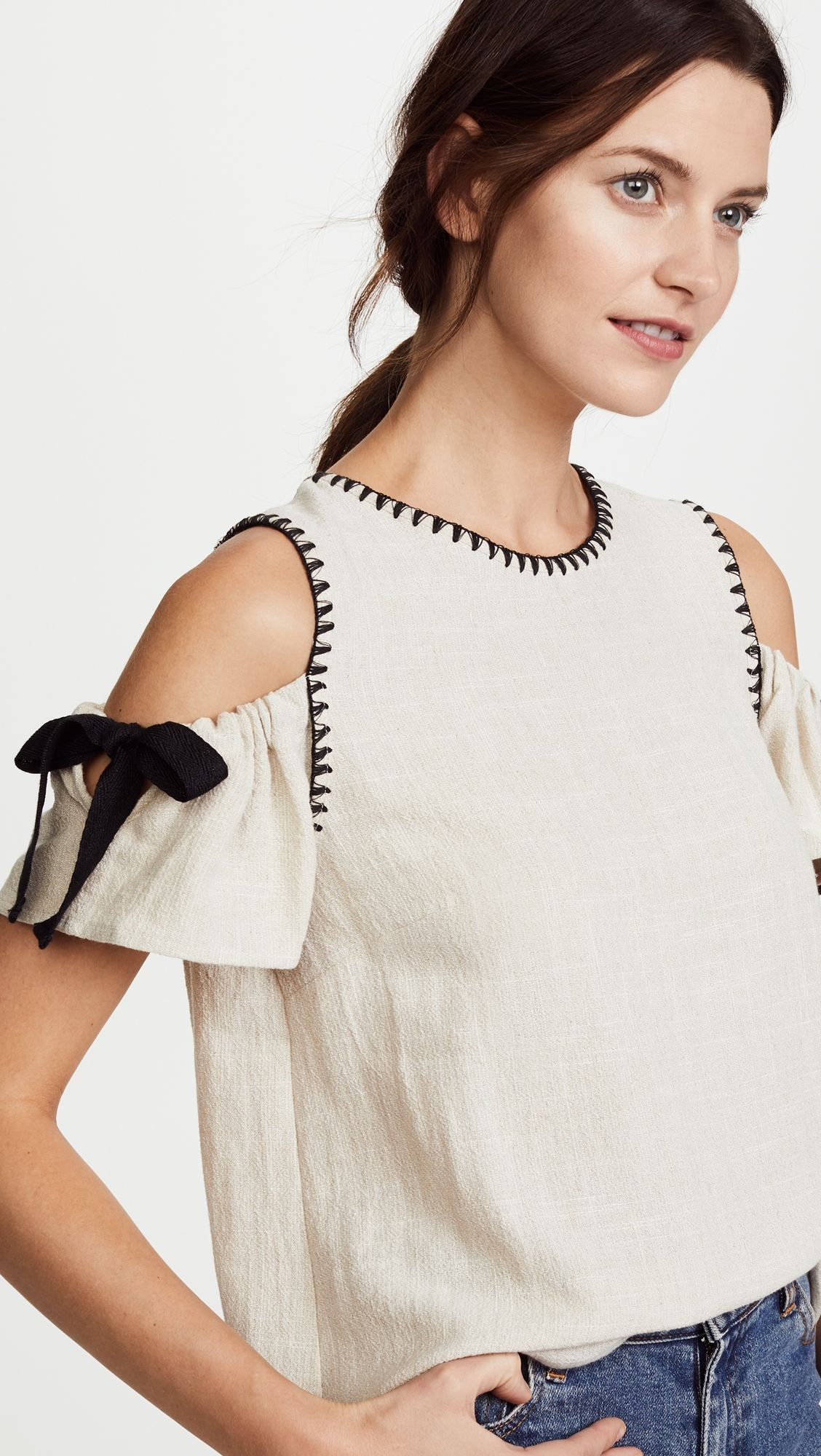 Tie Blouse | Vestidos dia-a-dia | Roupas, Camisa branca, Moda