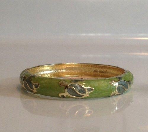 Hawaii Bracelet Bangle Honu Sea Turtle Cloisonne Gold-Tone Jade Like Green