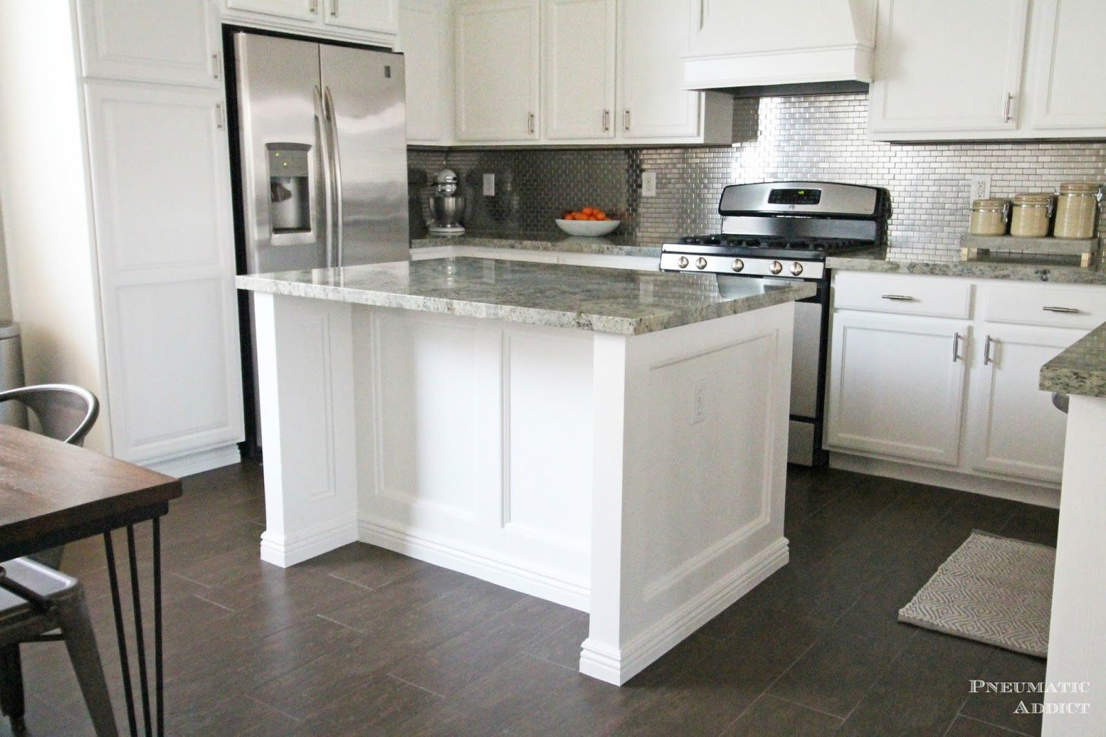 2019 Stacked Upper Kitchen Cabinets Kitchen Design And Layout Ideas Check More At Http Www P Kitchen Cabinet Design Kitchen Remodel Kitchen Island Makeover