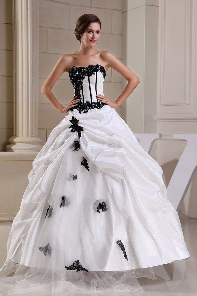 Beautiful Ball Gown Strapless Beaded Black Appliques Pick