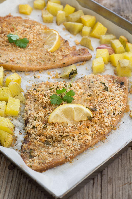 Pesce Spada Gratinato Con Patate E Limone Cotto Al Forno Un Secondo