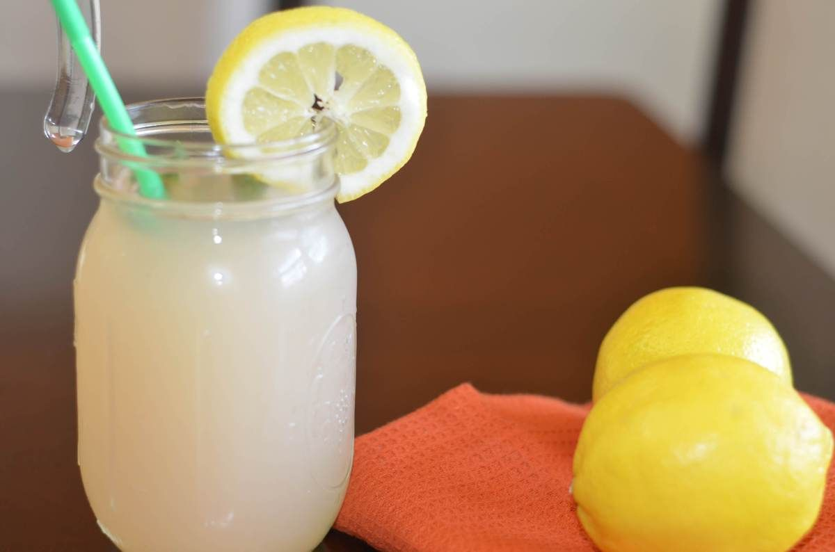 How to Make The Best Most Refreshing Ginger Lemonade Drink #bestlemonade