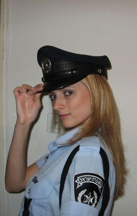 Dating police officers websites