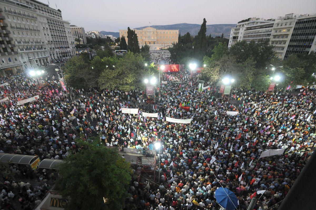 Προβάδισμα ΣΥΡΙΖΑ στις τελευταίες δημοσκοπήσεις - Από 0,5 έως 3 μονάδες