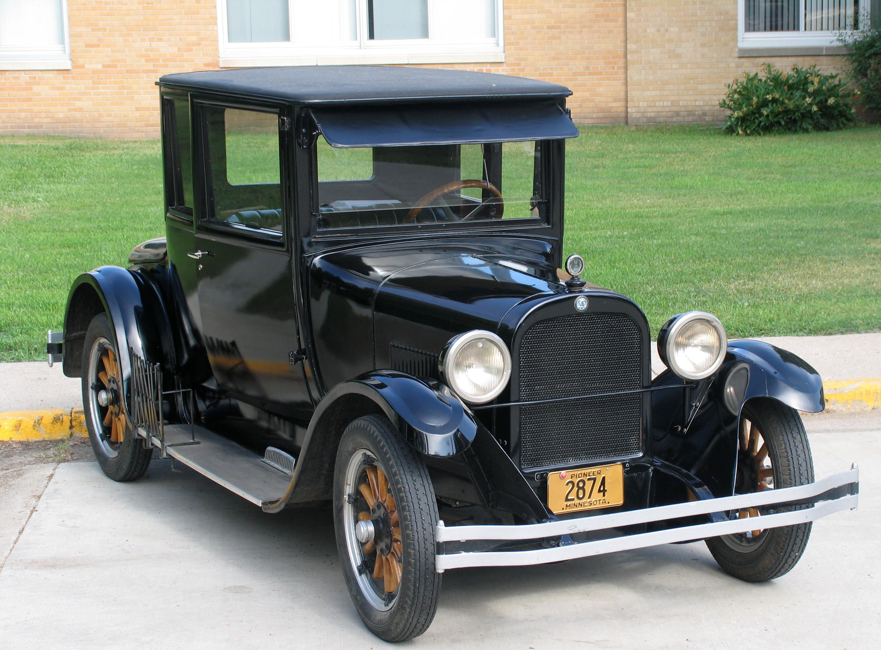 An Antique Car   Car Picture   Pinterest   Cars, Car pictures and ...