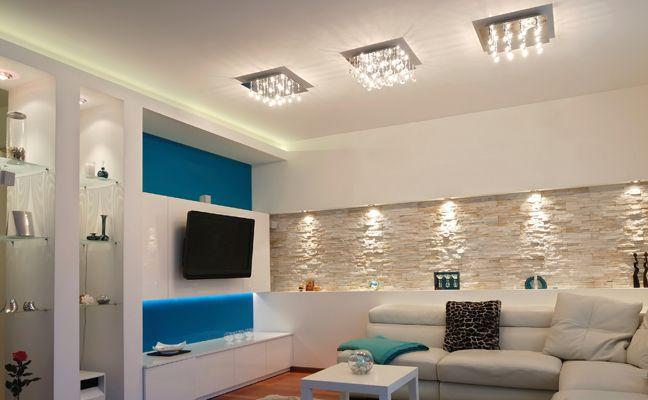Wohnzimmer Steinwand Beleuchtung