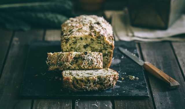 Malo drugačiji hleb od kelja i feta sira
