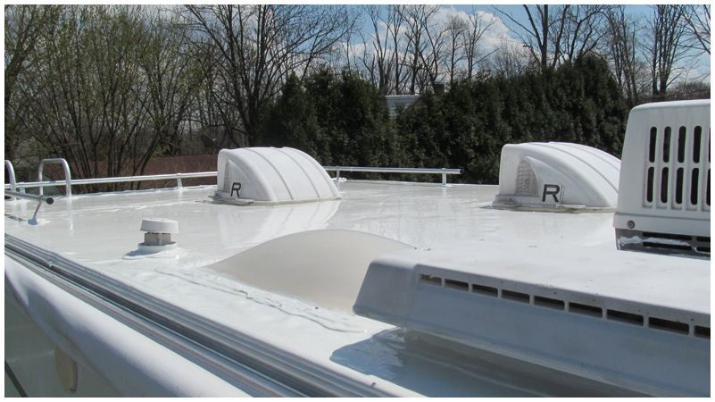 Give Your Rv Roof An Enduring Protection With Multipurpose Liquid Roof Coating In 2020 Liquid Roof Roof Coating Roof Sealant