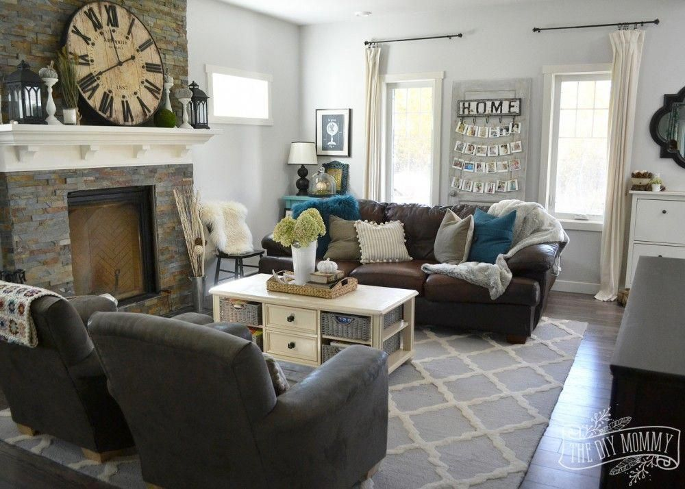 A Cozy Fall Living Room In Teal Brown Cream And Green Brownsofaslivingroomideas Brown Living Room Brown Living Room Decor Teal Living Rooms #teal #brown #living #room