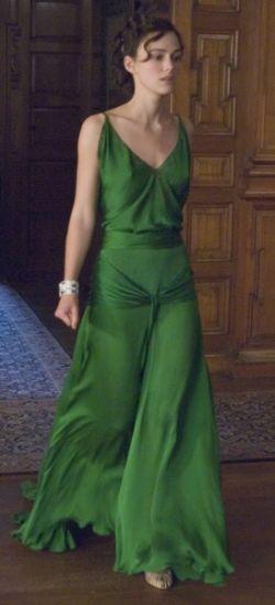 Top Ten Green Movie Dresses | Grünes kleid, Kleider, Kleidung