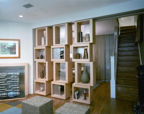 etageres sols rideaux briques verre paves vestiaire idee. Black Bedroom Furniture Sets. Home Design Ideas